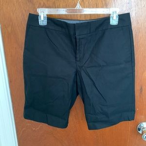Banana Republic Hampton Fit Bermuda shorts